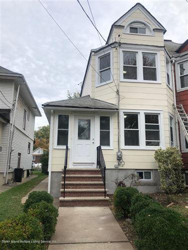 Photo of 303 Tayor Street, Staten Island, NY 10310 (MLS # 1141688)