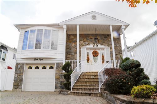 Photo of 58 Plank Road, Staten Island, NY 10314 (MLS # 1141702)