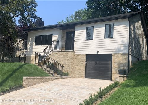 Photo of 63 Oxholm Avenue, Staten Island, NY 10301 (MLS # 1146705)