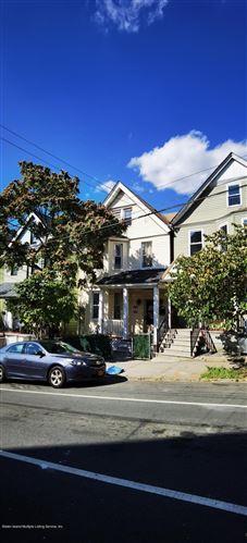 Photo of 217 Benziger Avenue, Staten Island, NY 10301 (MLS # 1118713)