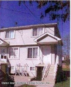 Photo of 68 South Avenue, Staten Island, NY 10303 (MLS # 1133716)