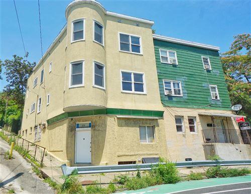 Photo of 506 Van Duzer Street, Staten Island, NY 10304 (MLS # 1138724)