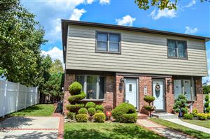 Photo of 17 Walker Court, Staten Island, NY 10312 (MLS # 1130741)