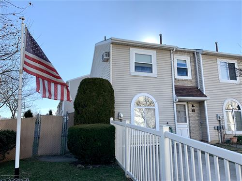 Photo of 10 Francesca Lane, Staten Island, NY 10303 (MLS # 1135787)
