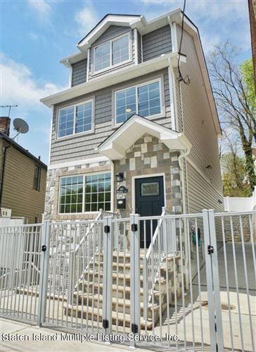 Photo of 446 Westervelt Avenue, Staten Island, NY 10301 (MLS # 1145812)