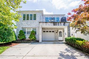 Photo of 37 Mulberry Circle, Staten Island, NY 10314 (MLS # 1130817)