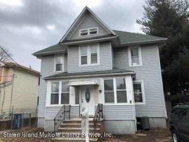 Photo of 29 Mundy Avenue, Staten Island, NY 10310 (MLS # 1136818)