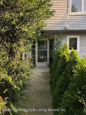 Photo of 143 Admiralty Loop, Staten Island, NY 10309 (MLS # 1140840)