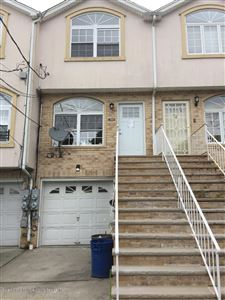 Photo of 33 Trumbull Place, Staten Island, NY 10301 (MLS # 1130851)