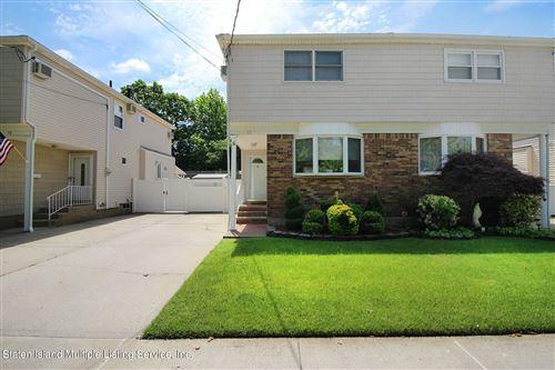 Photo of 32 Wilson Avenue, Staten Island, NY 10308 (MLS # 1146858)