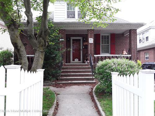 Photo of 240 Oakwood Avenue, Staten Island, NY 10301 (MLS # 1145866)