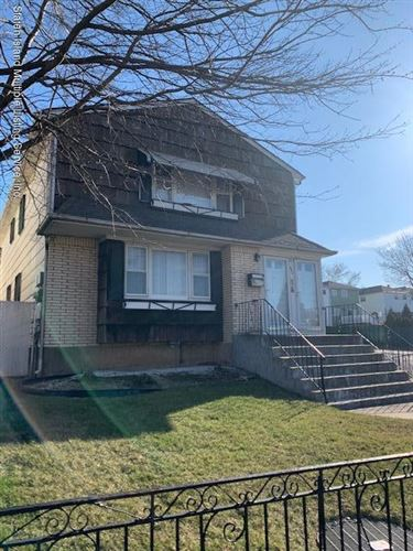 Photo of 440 Leverett Avenue, Staten Island, NY 10308 (MLS # 1135874)