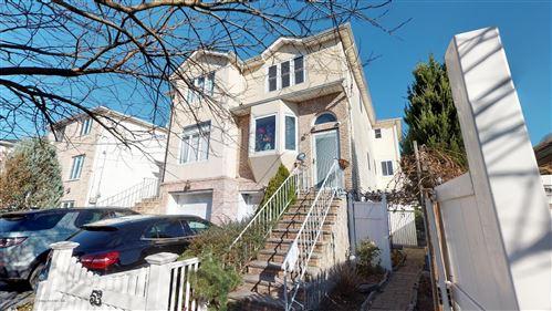 Photo of 53 Mapleton Avenue, Staten Island, NY 10306 (MLS # 1133886)