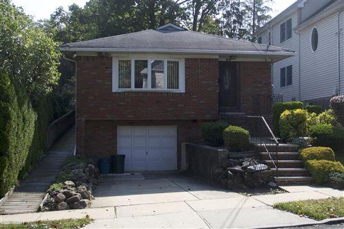 Photo of 49 Duncan Street, Staten Island, NY 10304 (MLS # 1140897)