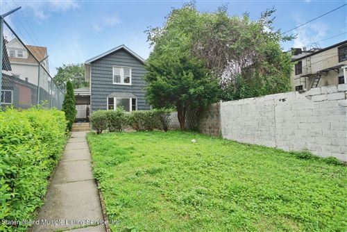Photo of 8 Brownell Street, Staten Island, NY 10304 (MLS # 1145915)