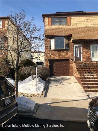 Photo of 387 Barlow Avenue, Staten Island, NY 10308 (MLS # 1143941)