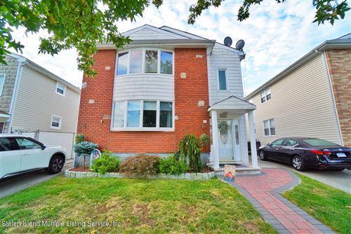 Photo of 650 Lamoka Avenue, Staten Island, NY 10312 (MLS # 1149942)