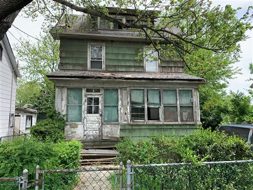 Photo of 305 Nicholas Avenue, Staten Island, NY 10302 (MLS # 1136964)