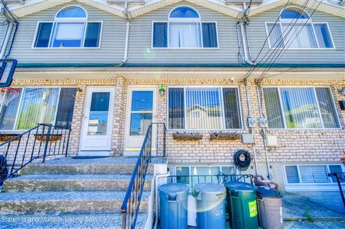Photo of 86 Confederation Place, Staten Island, NY 10303 (MLS # 1145965)