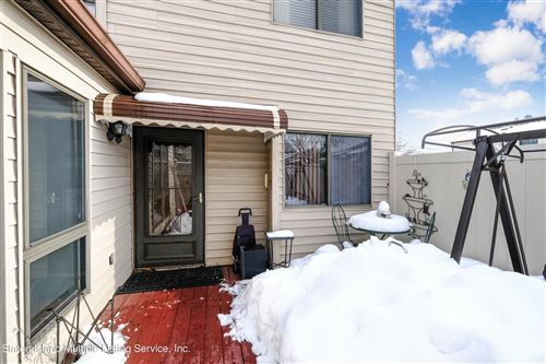 Photo of 286 Willow W Road, Staten Island, NY 10314 (MLS # 1143986)