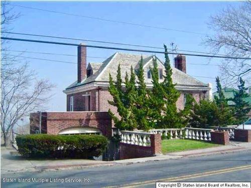 Photo of 255 Howard Ave, Staten Island, NY 10301 (MLS # 1133987)