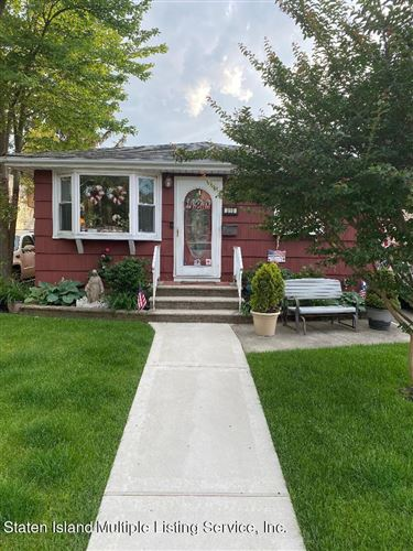 Photo of 310 Armstrong Avenue, Staten Island, NY 10308 (MLS # 1146992)