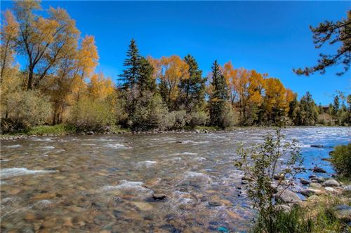Photo of 930 Blue River Parkway #813, SILVERTHORNE, CO 80498 (MLS # S1017066)