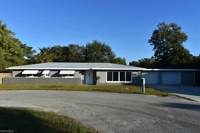 1647 Bates CIR, Fort Myers, FL 33901 - #: 221018009