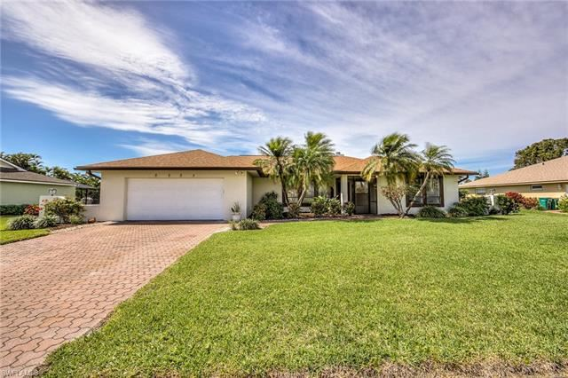Photo for 2235 Imperial Golf Course BLVD, NAPLES, FL 34110 (MLS # 219017022)