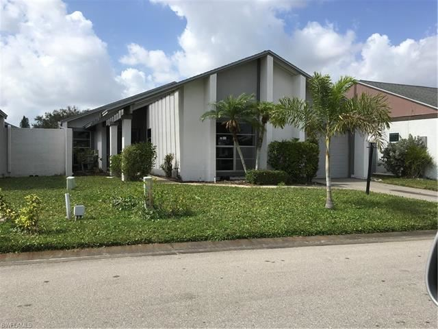 9761 Maplecrest CIR, Lehigh Acres, FL 33936 - #: 220046034