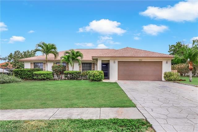 1954 Sheffield AVE, Marco Island, FL 34145 - #: 221030049
