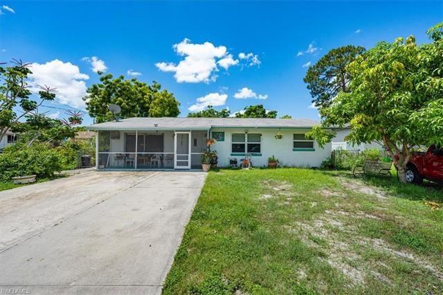 27122 Jackson AVE, Bonita Springs, FL 34135 - #: 221055053