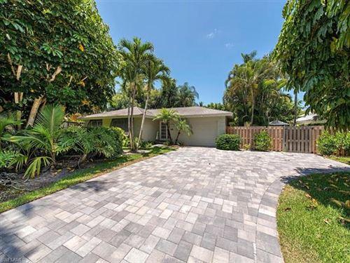 Photo of 545 Palm CIR W, NAPLES, FL 34102 (MLS # 220052069)