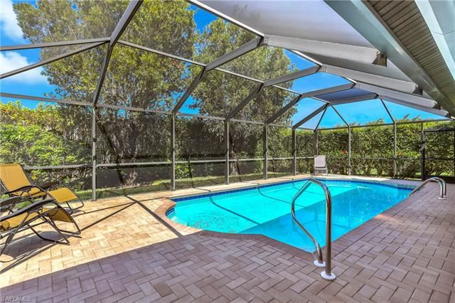 221 Countryside DR, Naples, FL 34104 - #: 220017077