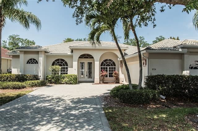 8524 Laurel Lakes BLVD, Naples, FL 34119 - #: 221029091