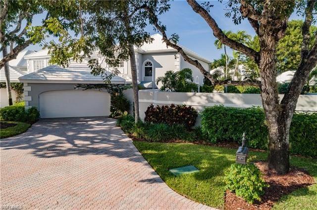 Photo of 7067 Villa Lantana WAY, NAPLES, FL 34108 (MLS # 221019098)