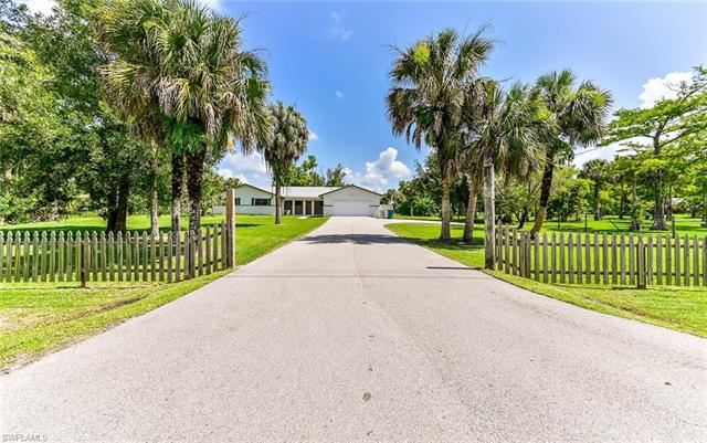725 10th AVE NW, Naples, FL 34120 - #: 221050127