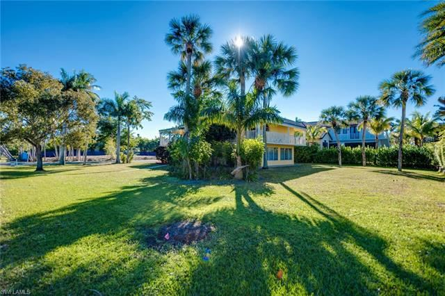 Photo for 670 9th AVE S, NAPLES, FL 34102 (MLS # 219003145)