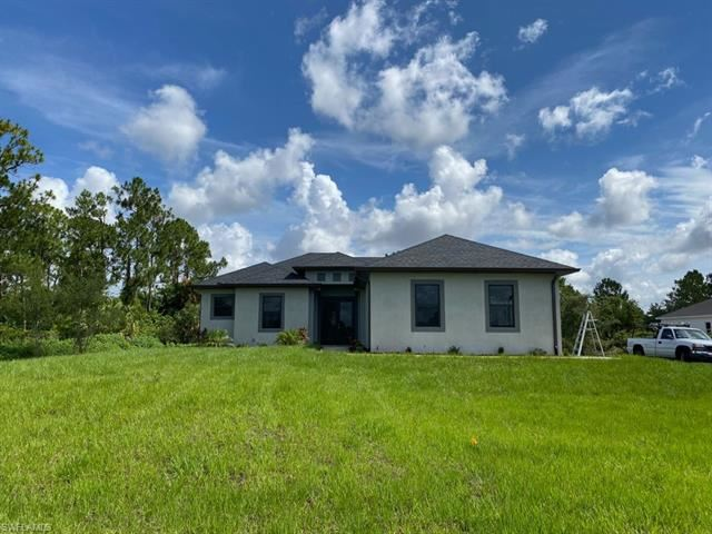 Photo of 149 41st AVE NW, NAPLES, FL 34120 (MLS # 221074173)