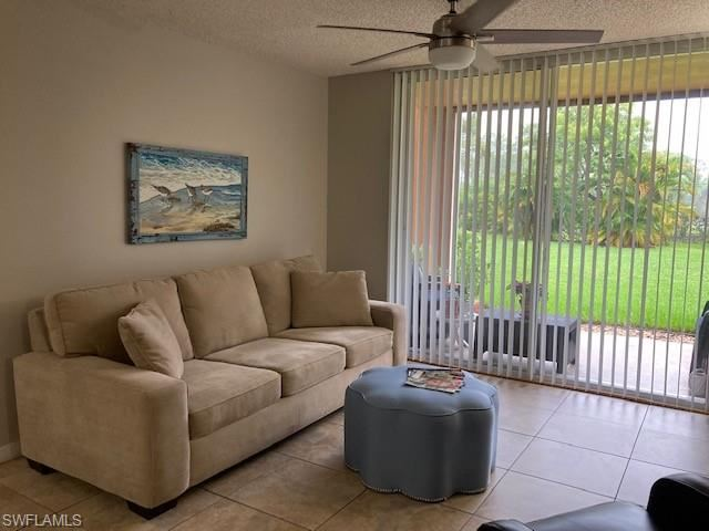 1180 Wildwood Lakes BLVD #104, Naples, FL 34104 - #: 221051175
