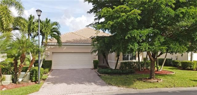 8316 Shorecrest DR, Fort Myers, FL 33912 - #: 220072184