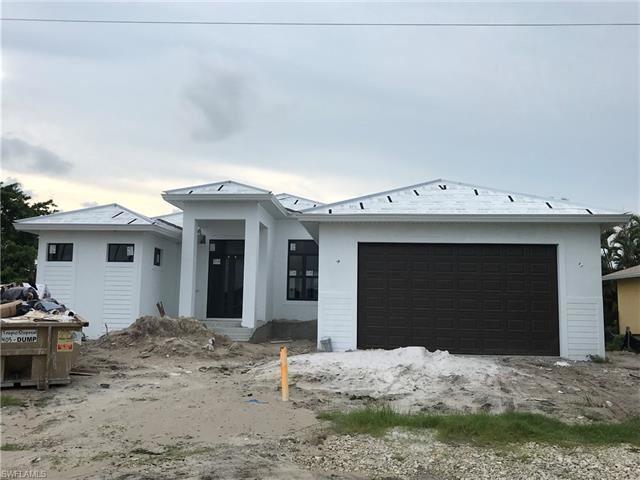 117 S Heathwood DR, Marco Island, FL 34145 - #: 221044191
