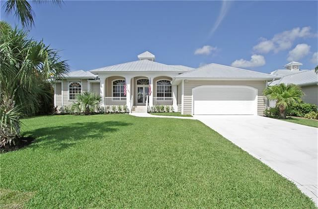 6125 Cocos DR, Fort Myers, FL 33908 - #: 221011208