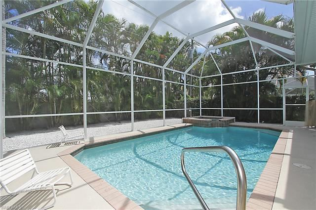 577 110th AVE N, Naples, FL 34108 - #: 220036227