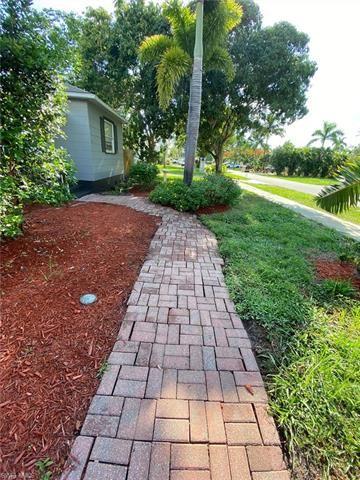 1552 Ransom ST, Fort Myers, FL 33901 - #: 220038249