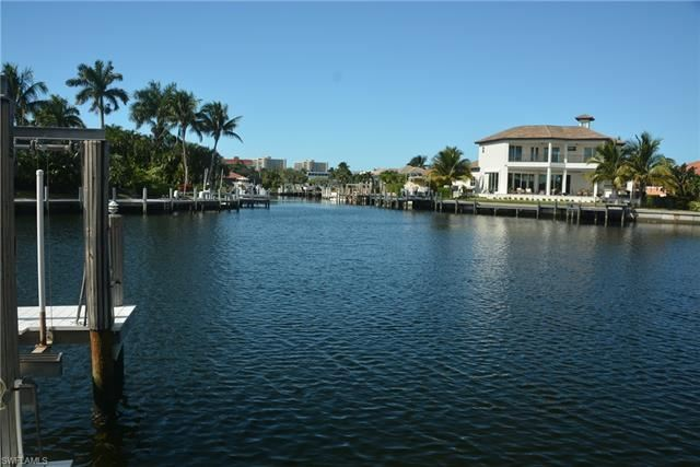 348 Copperfield CT, Marco Island, FL 34145 - #: 220076268