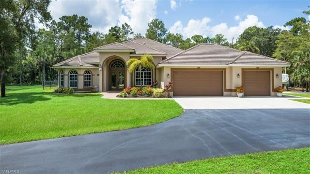 320 18th AVE NW, Naples, FL 34120 - #: 221053272