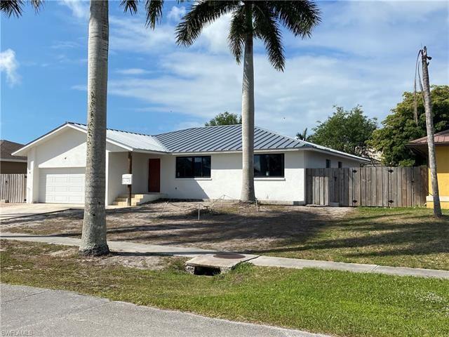 118 Tahiti RD, Marco Island, FL 34145 - #: 221022273