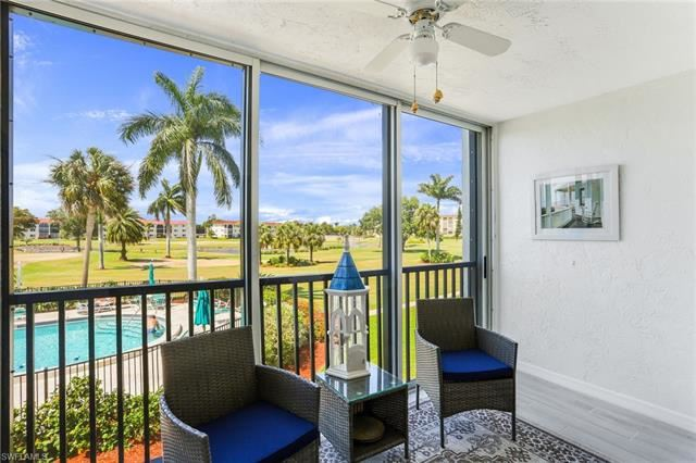 45 HIGH POINT CIR S #206, Naples, FL 34103 - #: 221034278