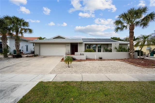968 Spruce AVE, Marco Island, FL 34145 - #: 221001282